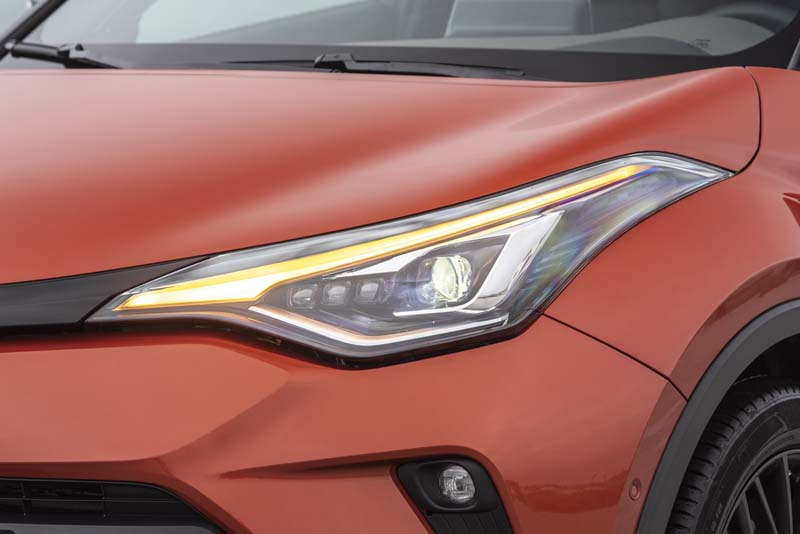 Foto Detalles (1) Toyota C-hr Suv Todocamino 2020