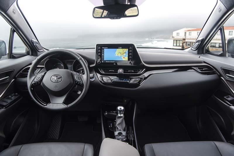 Toyota C-HR 2020, foto salpicadero