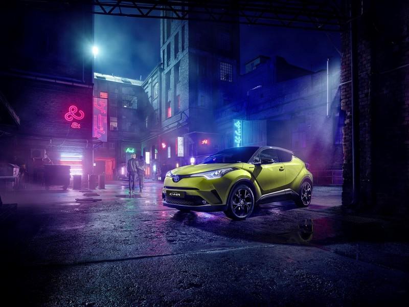 Foto Delantera Toyota C Hr Limited Edition Suv Todocamino 2019