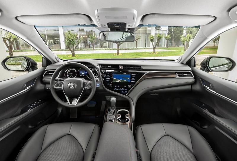 Foto Salpicadero Toyota Camry Hybrid Sedan 2019