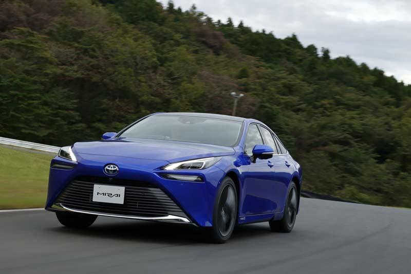 Foto Delantera Toyota Mirai Sedan 2021