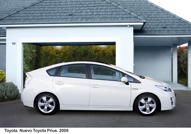 Foto Perfil Toyota Prius Dos Volumenes 2009