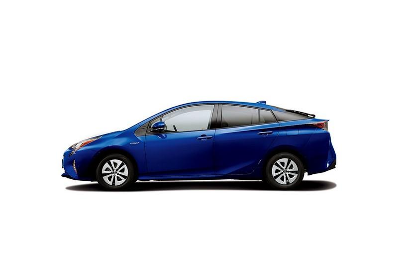Foto Exteriores Toyota Prius Dos Volumenes 2016