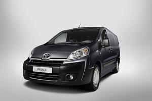 Foto Delantera Toyota Proace Vehiculo Comercial 2013