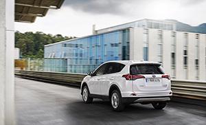 Foto Exteriores (90) Toyota Rav4-hybrid Suv Todocamino 2016