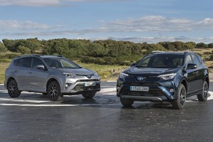 Foto toyota rav4-hybrid-feel!-edition 2017