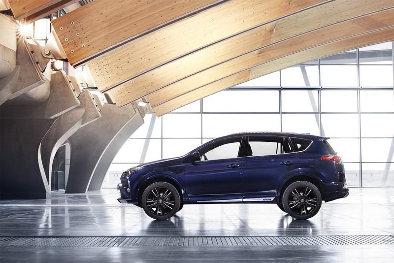 Foto Exteriores 1 Toyota Rav4-hybrid-sapphire Concept 2016