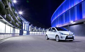Foto Exteriores (1) Toyota Yaris Dos Volumenes 2011