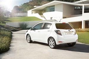 Foto Exteriores (12) Toyota Yaris Dos Volumenes 2011