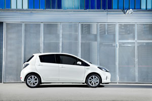 Foto Exteriores (17) Toyota Yaris Dos Volumenes 2011