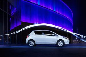 Foto Exteriores (3) Toyota Yaris Dos Volumenes 2011