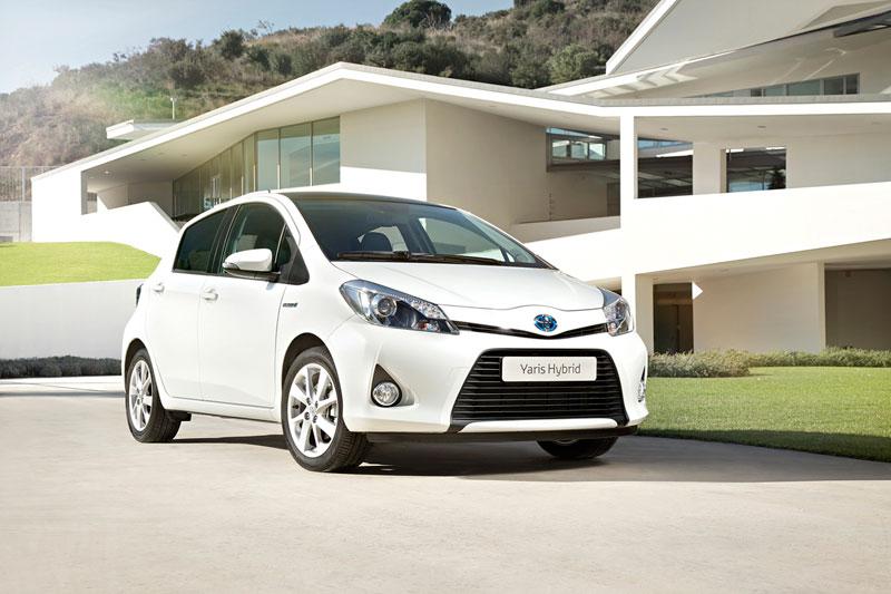 Foto Exteriores (10) Toyota Yaris Dos Volumenes 2011