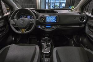 Foto Salpicadero Toyota Yaris-20-aniversario-limited-edtion Dos Volumenes 2018