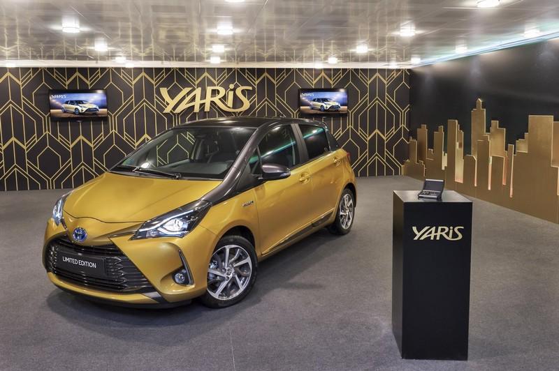 Foto Exteriores Toyota Yaris-20-aniversario-limited-edtion Dos Volumenes 2018