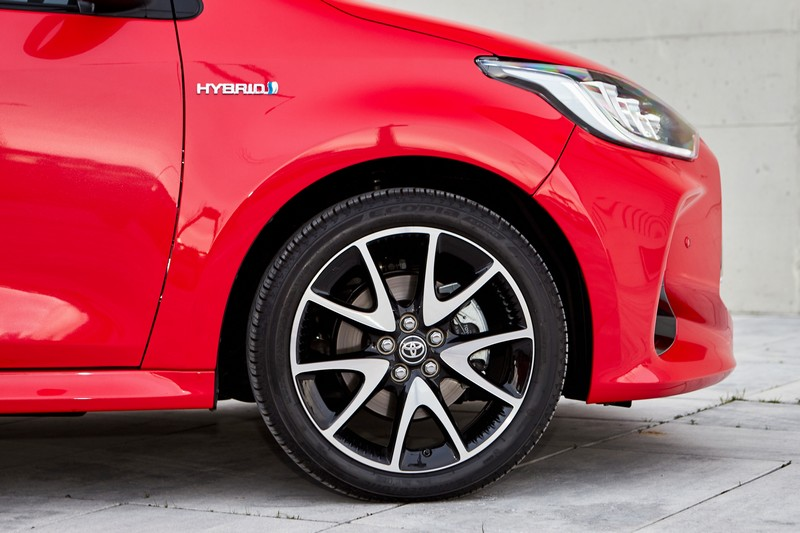 Foto Detalles Toyota Yaris Electric Hybrid Style Premiere Edition Dos Volumenes 2020