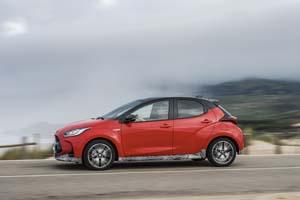 Foto Exteriores (10) Toyota Yaris-hybrid Dos Volumenes 2020