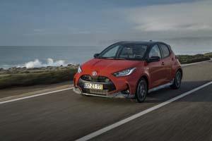 Foto Exteriores (14) Toyota Yaris-hybrid Dos Volumenes 2020