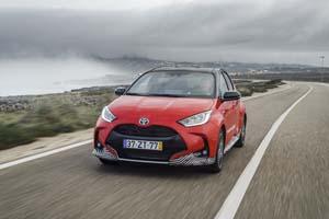 Foto Exteriores (5) Toyota Yaris-hybrid Dos Volumenes 2020