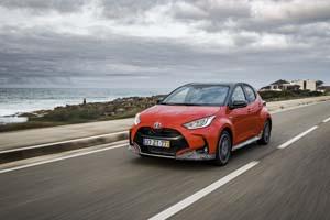 Foto Exteriores (6) Toyota Yaris-hybrid Dos Volumenes 2020