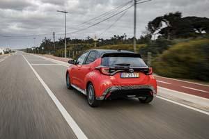 Foto Exteriores (7) Toyota Yaris-hybrid Dos Volumenes 2020