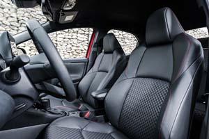 Foto Interiores (1) Toyota Yaris-hybrid Dos Volumenes 2020