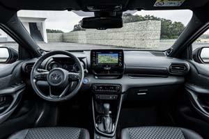Foto Salpicadero Toyota Yaris-hybrid Dos Volumenes 2020
