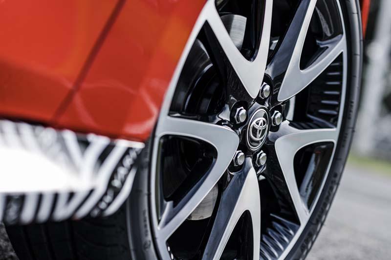 Foto Detalles Toyota Yaris Hybrid Dos Volumenes 2020