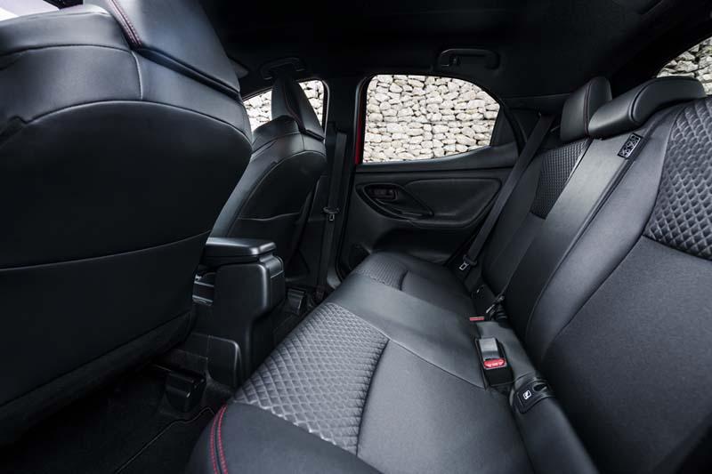 Foto Interiores Toyota Yaris Hybrid Dos Volumenes 2020