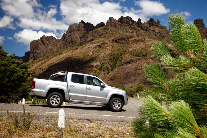 Foto Perfil Volkswagen Amarok Vehiculo Comercial 2010