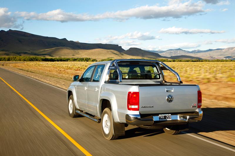 Foto Trasera Volkswagen Amarok Vehiculo Comercial 2010