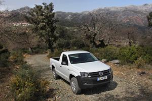 Foto Exteriores (4) Volkswagen Amarok-cabina-simple Vehiculo Comercial 2013