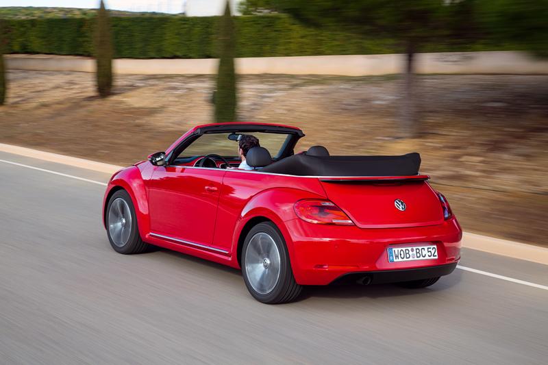 Foto Trasera Volkswagen Beetle Descapotable 2013
