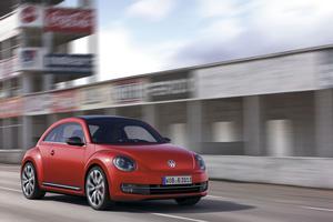 Foto Exteriores-(06 Volkswagen Beetle Dos Volumenes 2011