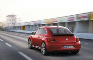 Foto Exteriores-(07 Volkswagen Beetle Dos Volumenes 2011