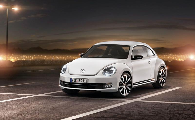 Foto Delantera Volkswagen Beetle Dos Volumenes 2011