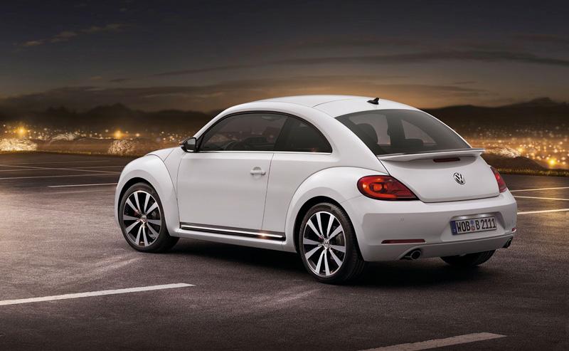 Foto Lateral Volkswagen Beetle Dos Volumenes 2011