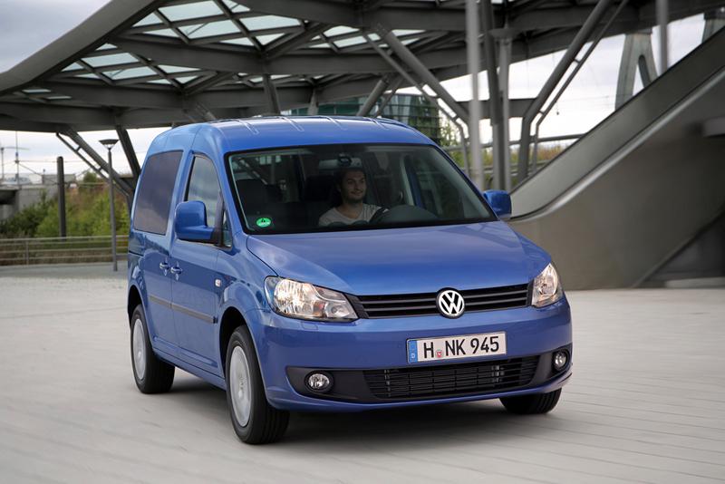Foto Delantera Volkswagen Caddy Bluemotion Vehiculo Comercial 2013