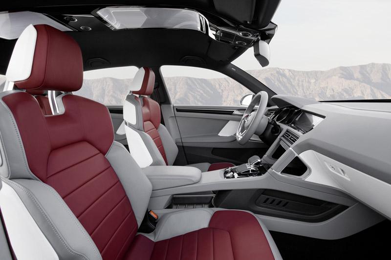 Foto Interiores Volkswagen Cross Cupe 2011
