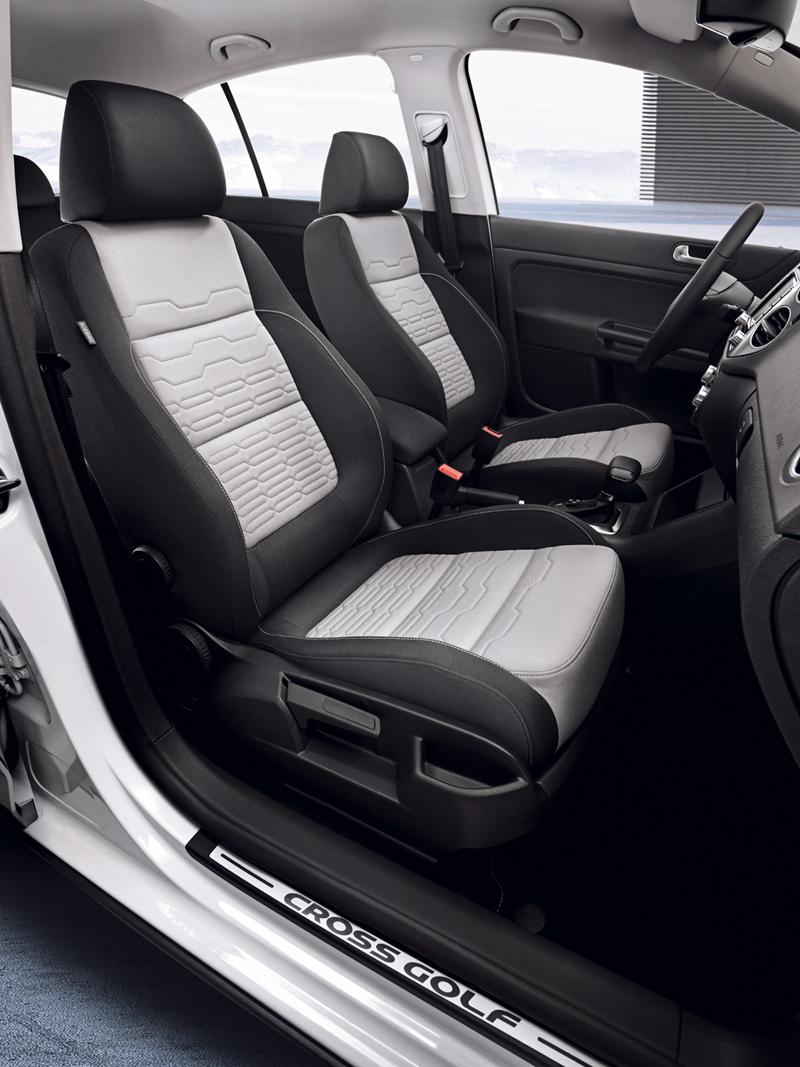 Foto Interiores Volkswagen Cross Golf Dos Volumenes 2010