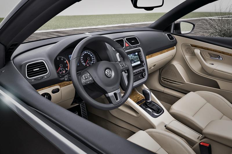 Foto Interiores Volkswagen Eos Descapotable 2011