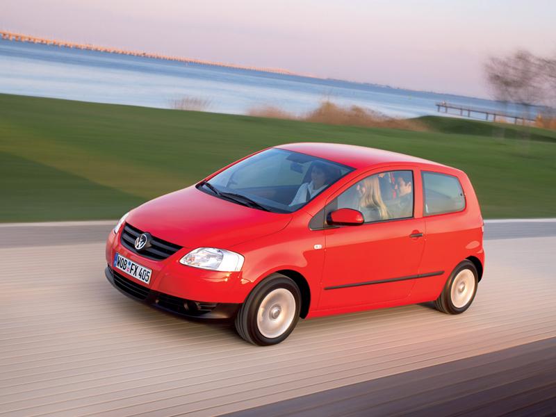 Foto Lateral Volkswagen Fox Dos Volumenes 2007