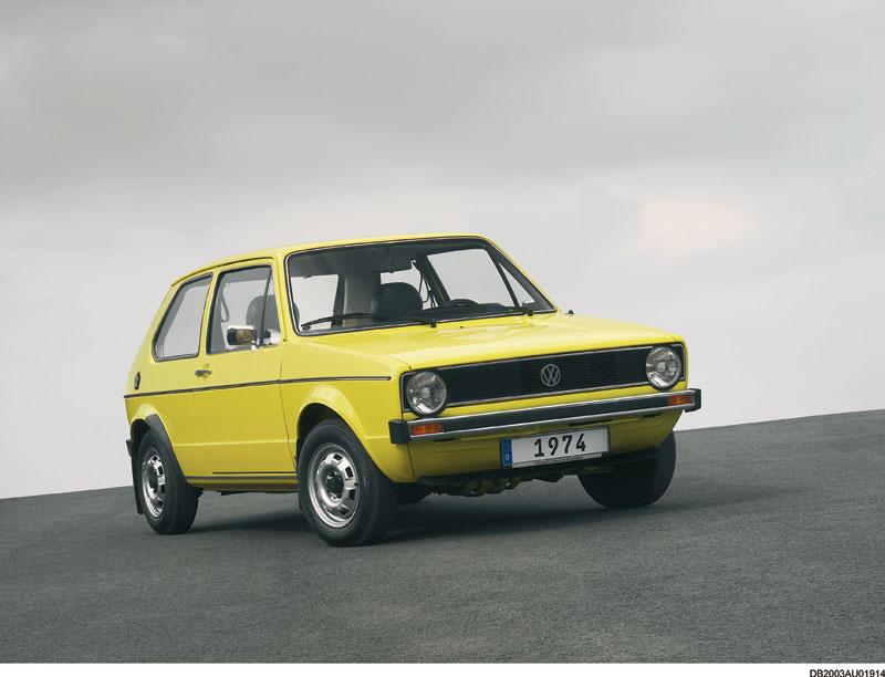 Foto Delantera Volkswagen Golf Dos Volumenes 1974