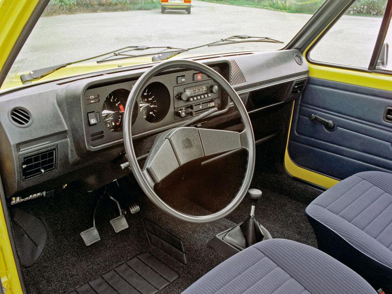 Foto Interiores Volkswagen Golf Dos Volumenes 1974