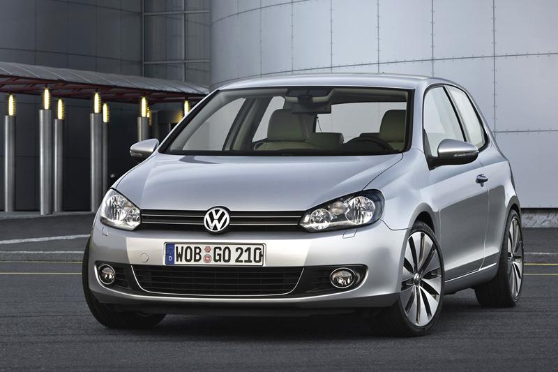 Foto Delantero Volkswagen Golf Dos Volumenes 2009