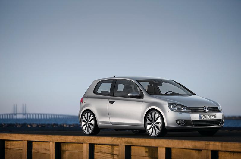Foto Lateral Volkswagen Golf Dos Volumenes 2010