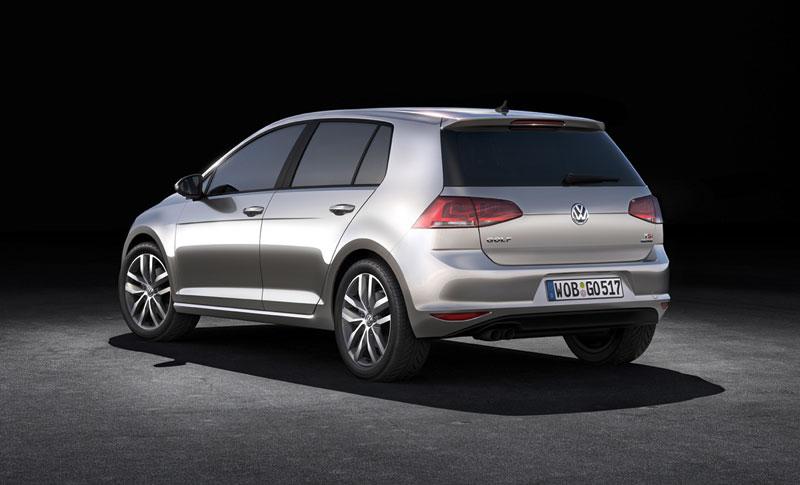 Foto Trasera Volkswagen Golf Dos Volumenes 2012