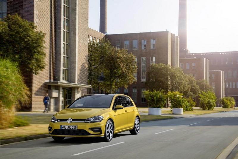 Foto Exteriores Volkswagen Golf Dos Volumenes 2017