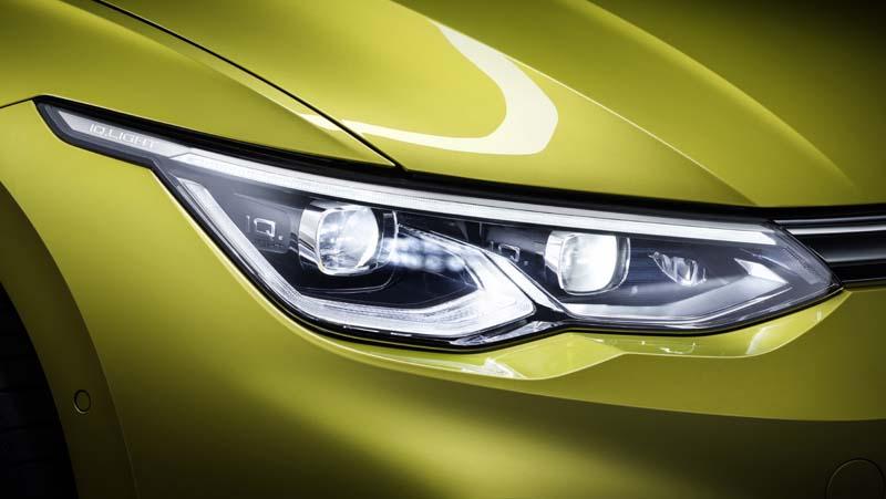 Volkswagen Golf 8, foto faros matriciales