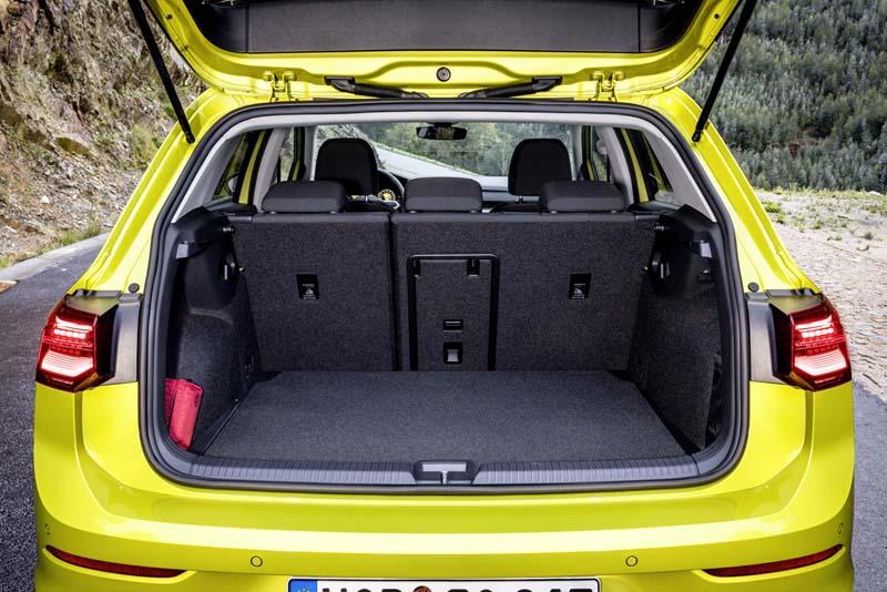 Foto Interiores Volkswagen Golf 8 Dos Volumenes 2020