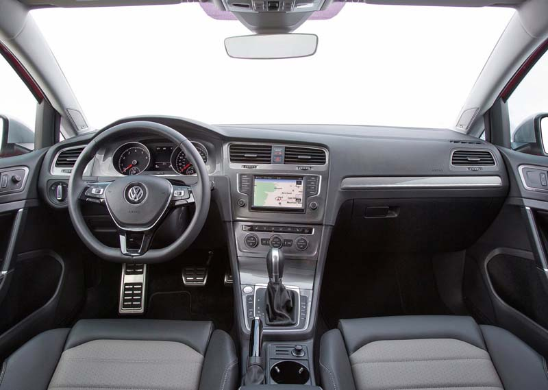 Volkswagen Golf Alltrack, foto salpicadero